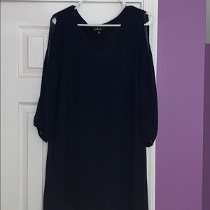 Lulu's navy blue dress with arm cutouts